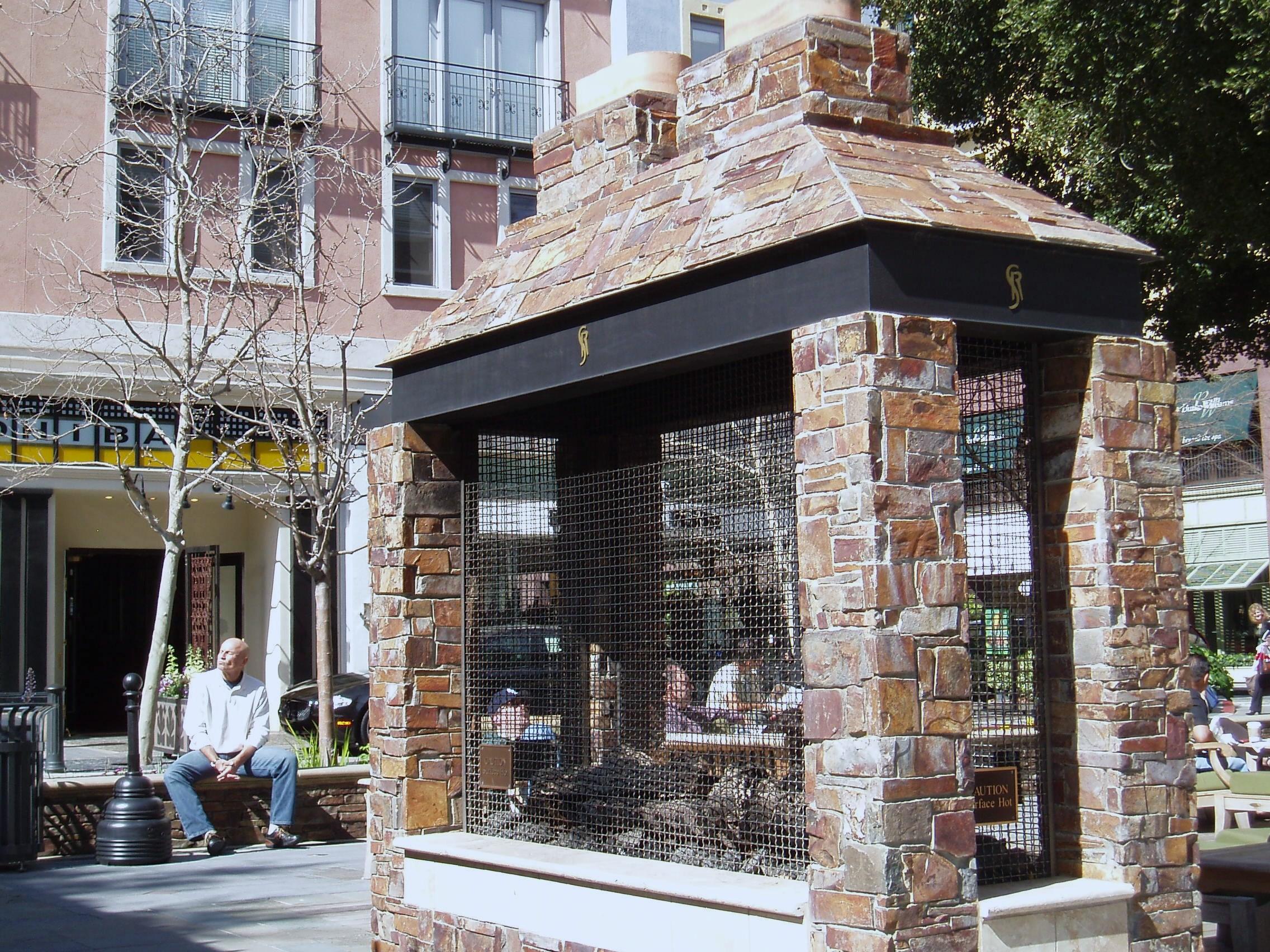 Outside Corner Natural Stone Veneer