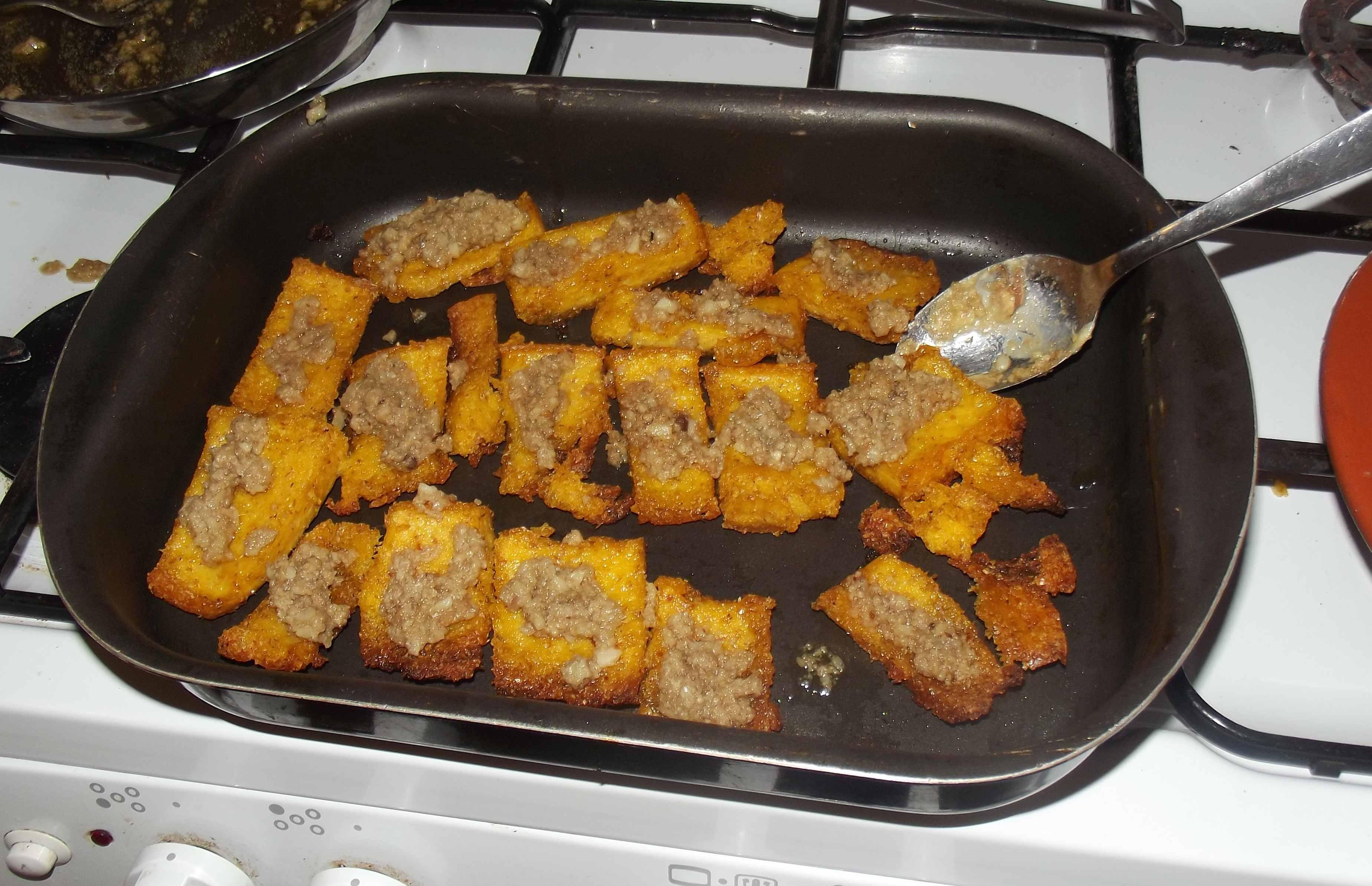 File:Polenta al forno con bagna caoda.jpg - Wikimedia Commons