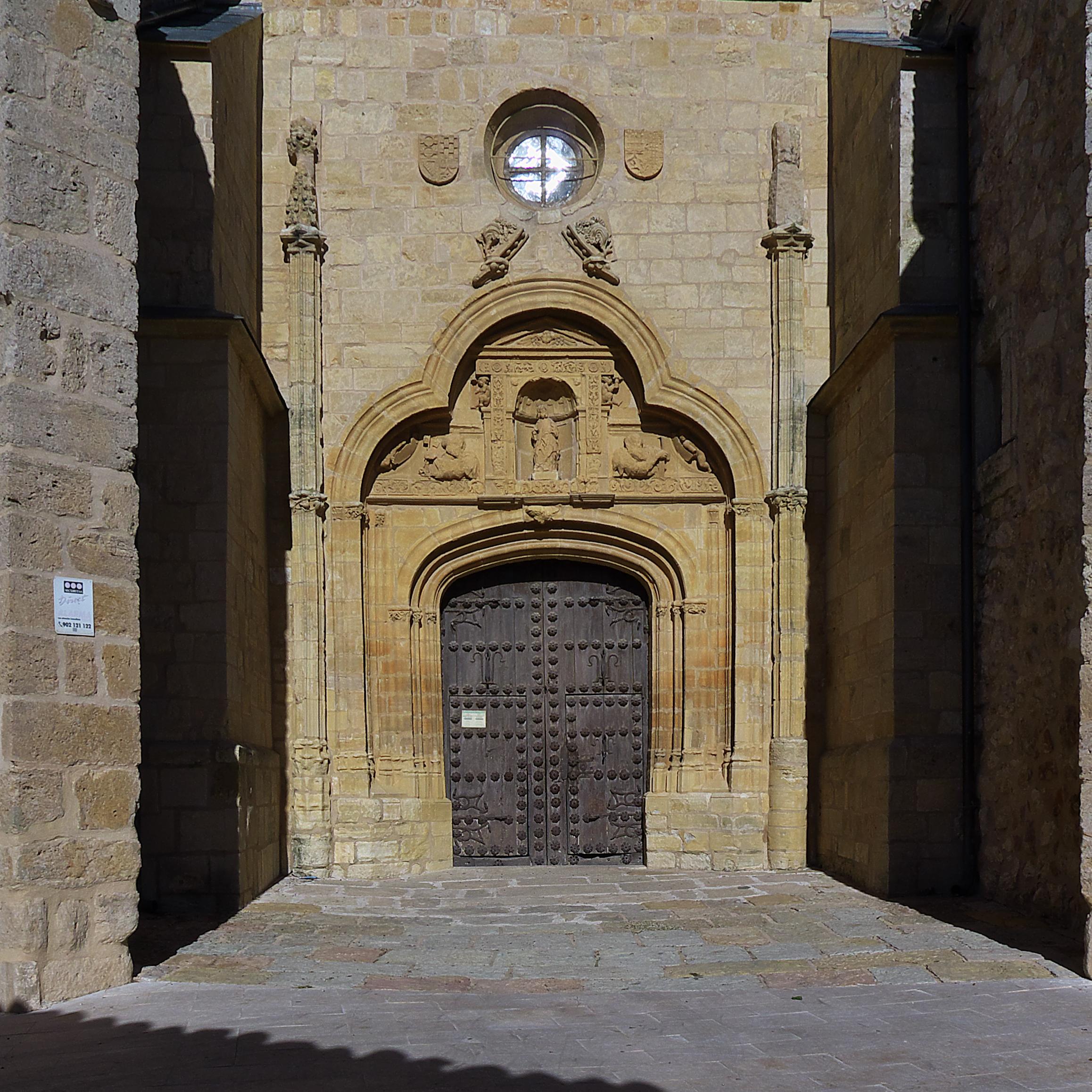 Archivo puerta del sol colegiata de san bartolom for Fuente de la puerta del sol