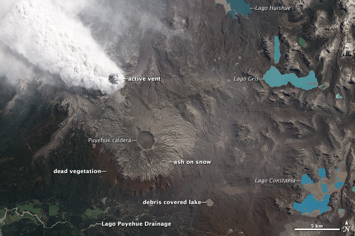 2011 eruption of Puyehue-Cordon Caulle Puyehue-Cordon Caulle Volcano, Chile - NASA Earth Observatory.jpg