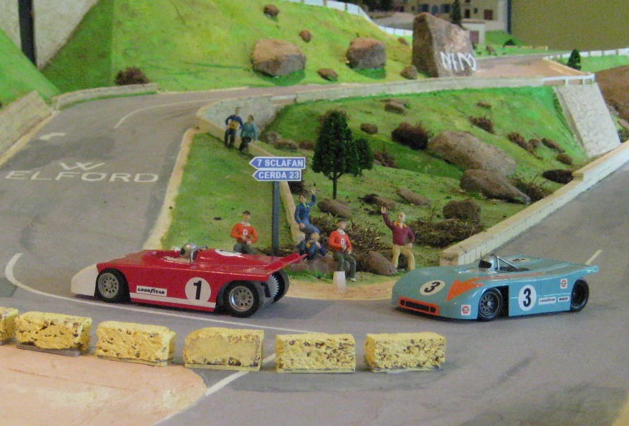 File Rc Car Racing Cars Racing On My Targa Style Magracing Circuit Jpg Wikimedia Commons