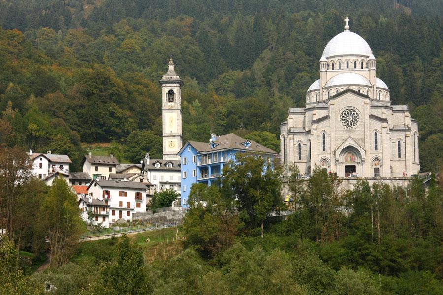 Re italia wikipedia for Piani di casa bassa architettura del paese
