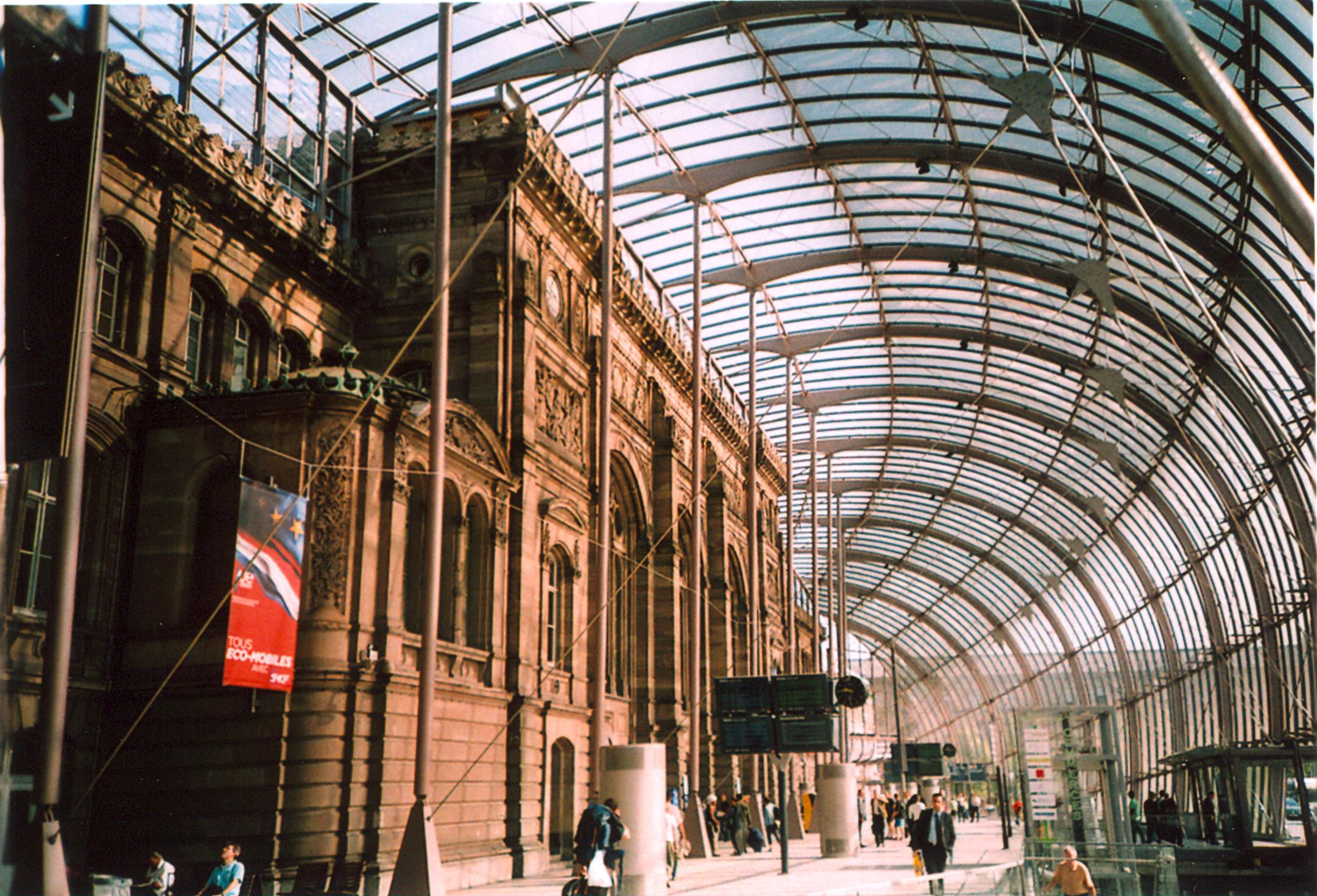 File strasbourg railway station for Strasbourg architecture
