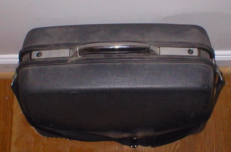 Suitcase_750x500.jpg (750×494)