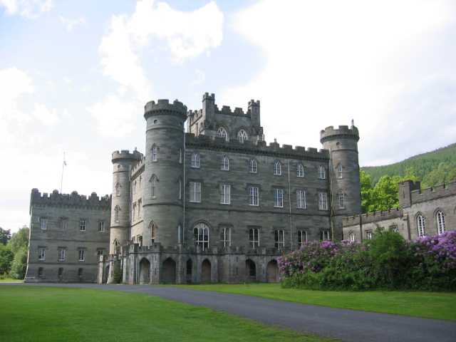 external image Taymouth_Castle.jpg