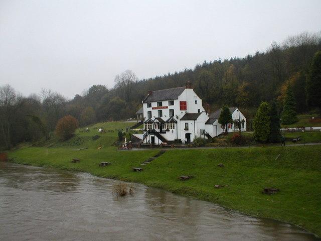 File:The Woodbridge Inn - geograph.org.uk - 685294.jpg