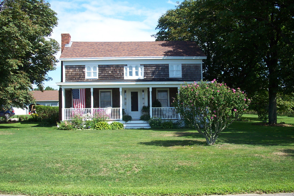 File typical american house wikimedia commons for Americanhouse com
