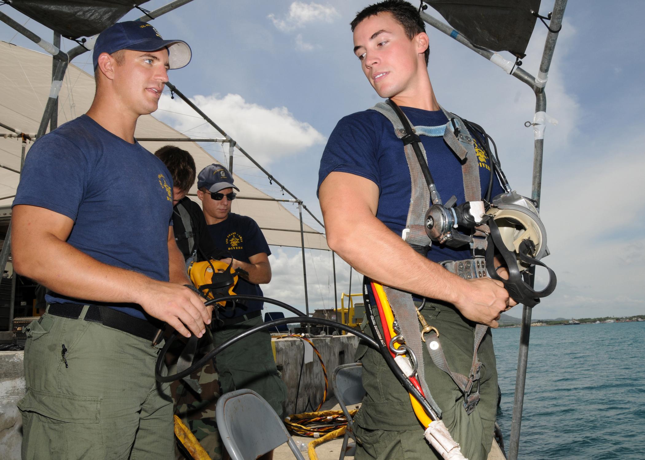 file us navy 110407
