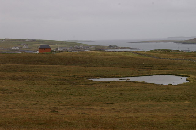 File:Un-named loch north-west of Ernahoull, Uyeasound - geograph.org.uk - 1483133.jpg