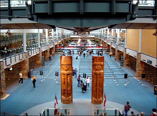 File:Vancouver Airport Inside.jpg - Wikimedia Commons