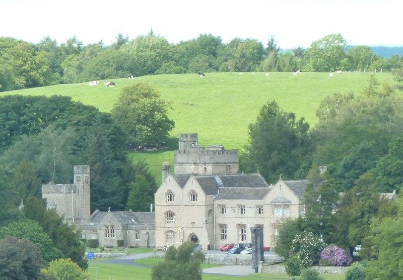 Wennington Hall - Wikipedia