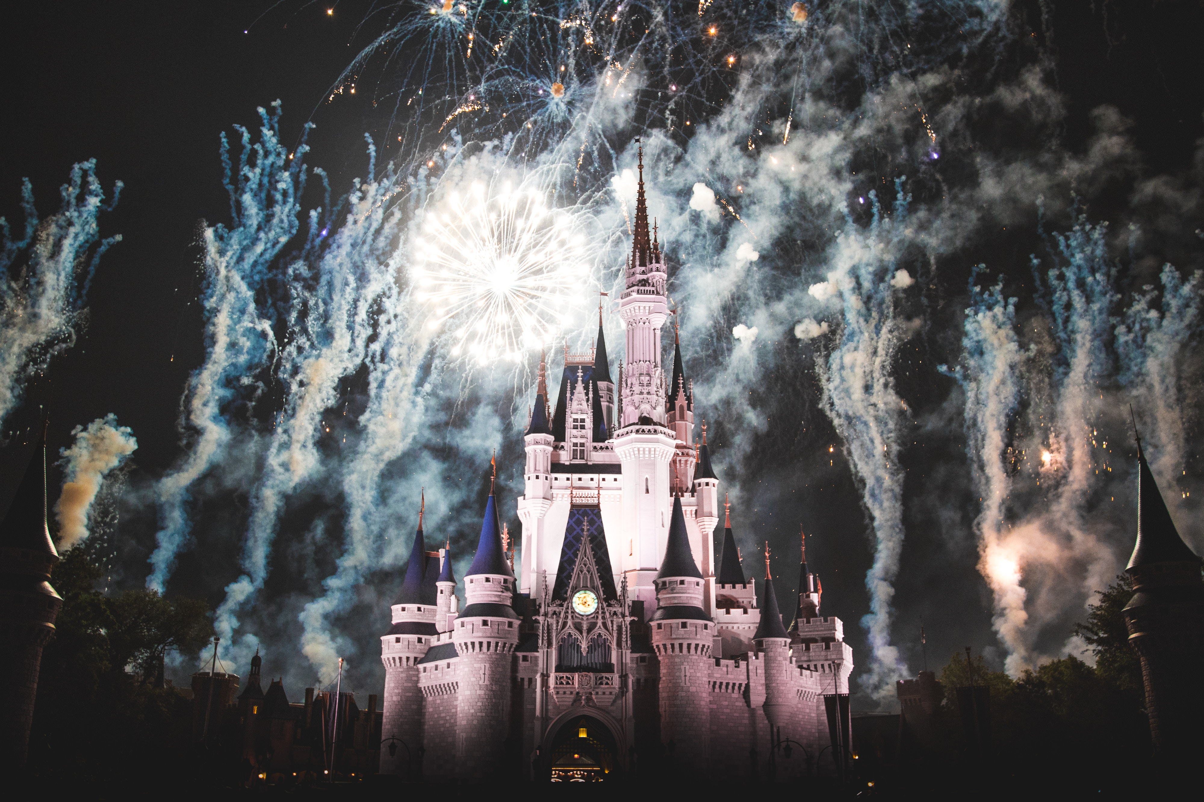 Disney Castle Christmas Svg.Wishes A Magical Gathering Of Disney Dreams Wikipedia