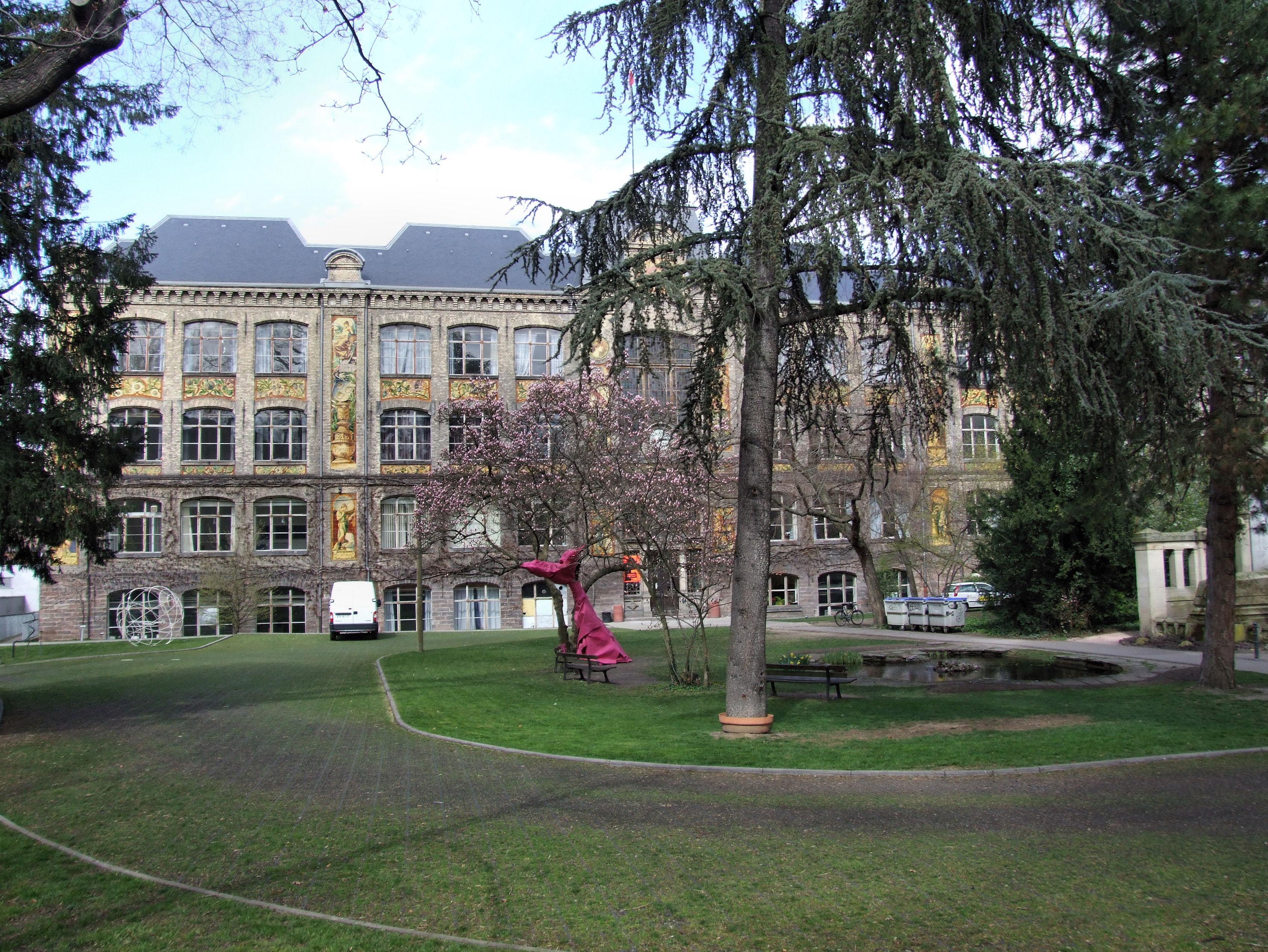 Ecole Superieure Des Arts Decoratifs