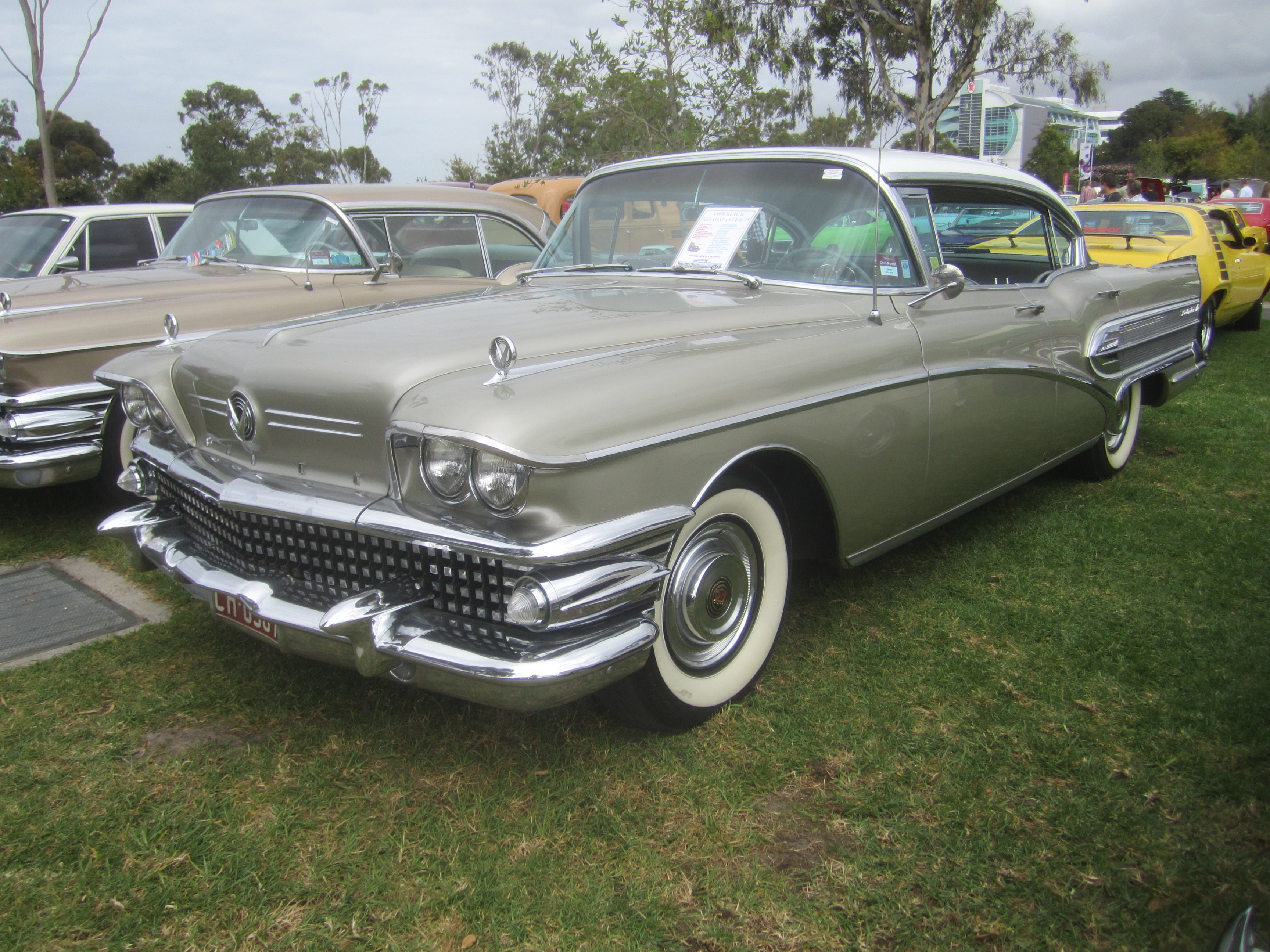 Watch together with File 1958 Buick Series 75 Roadmaster 4 door Hardtop likewise File 94 96 Buick Century Wagon also Watch furthermore Watch. on 2012 buick regal navigation
