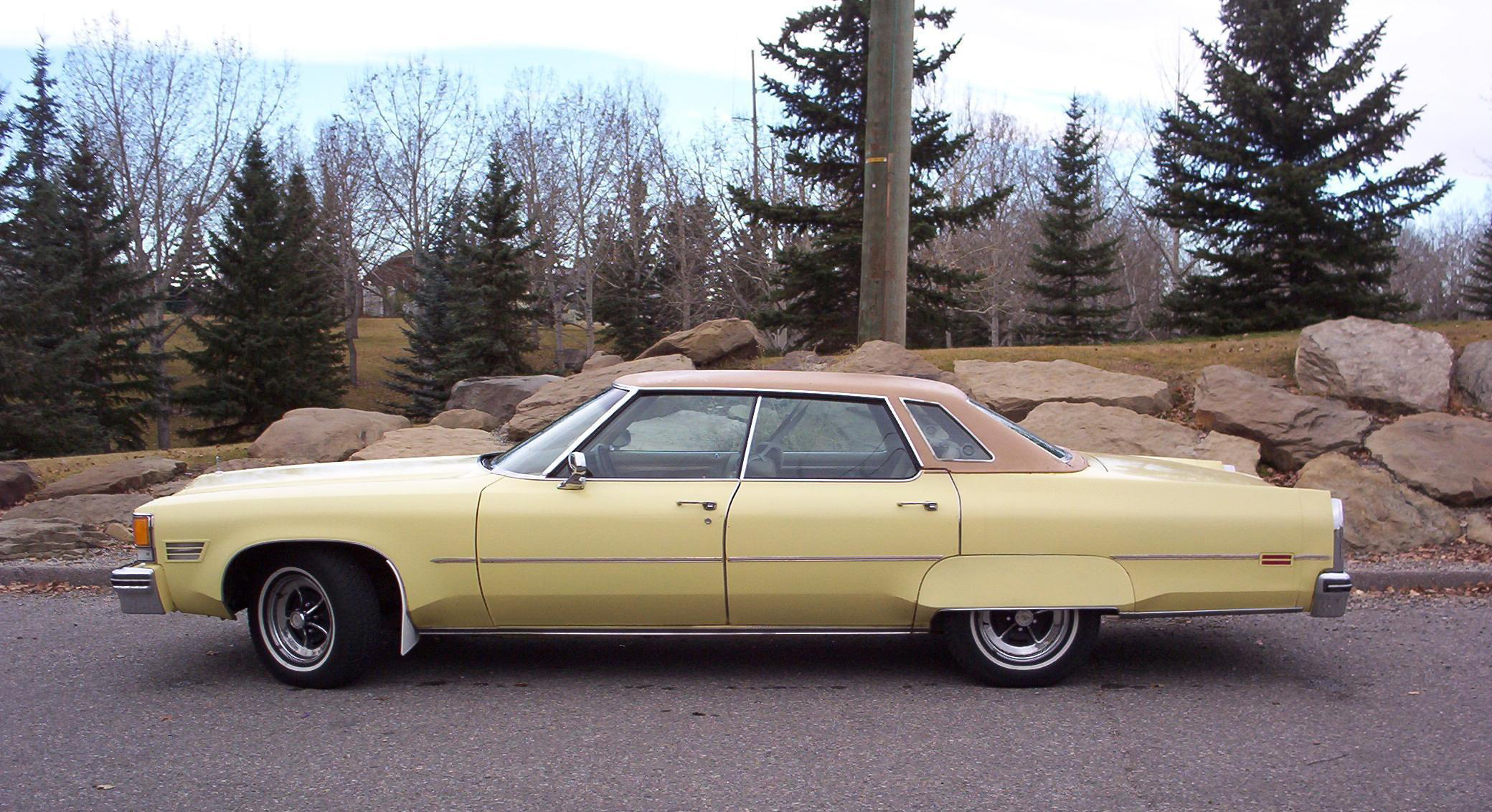 File 1976 Oldsmobile Ninety Eight Regency Side Jpg