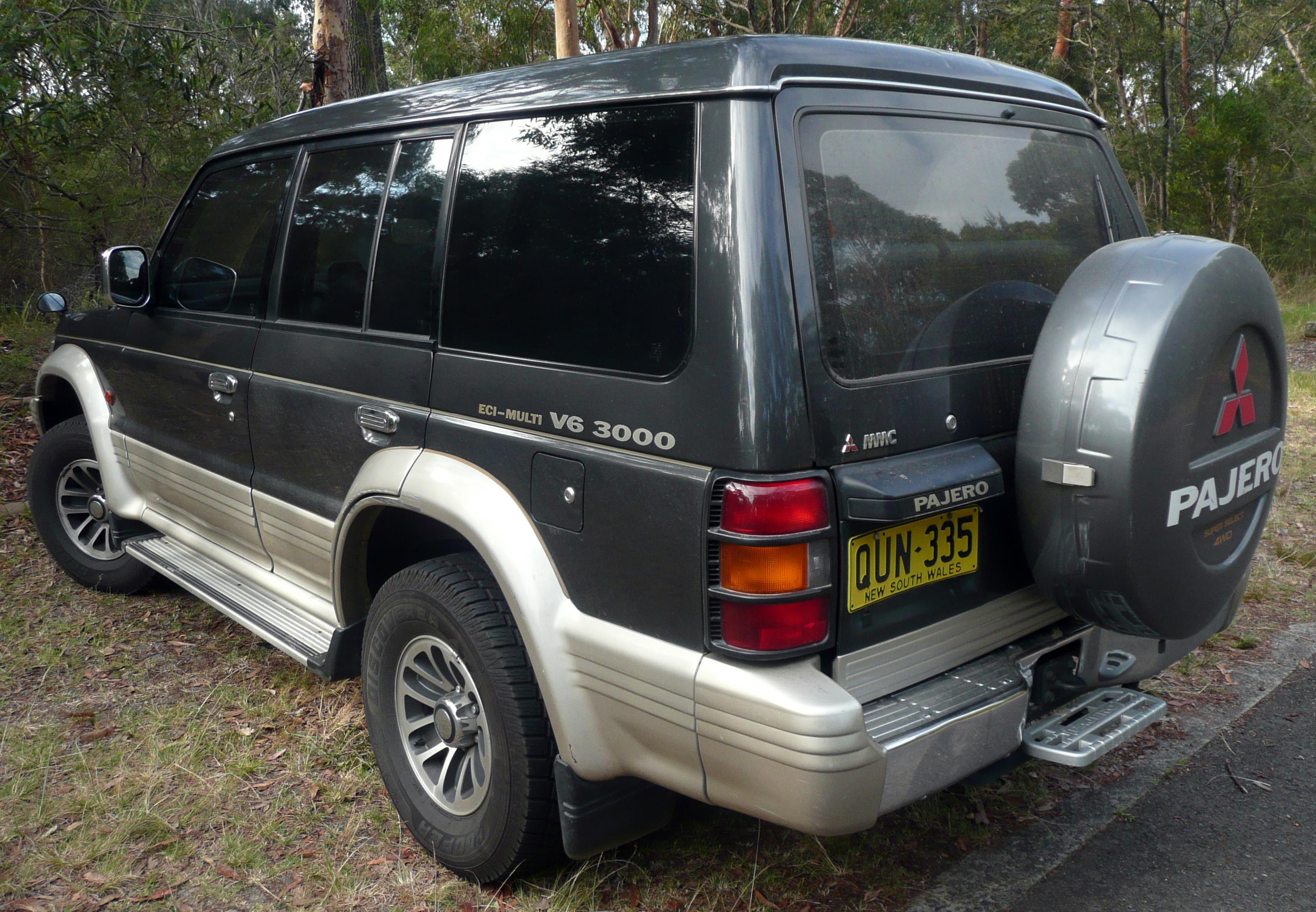 File 1991 1993 Mitsubishi Pajero Nh V6 3000 Wagon 03 Jpg