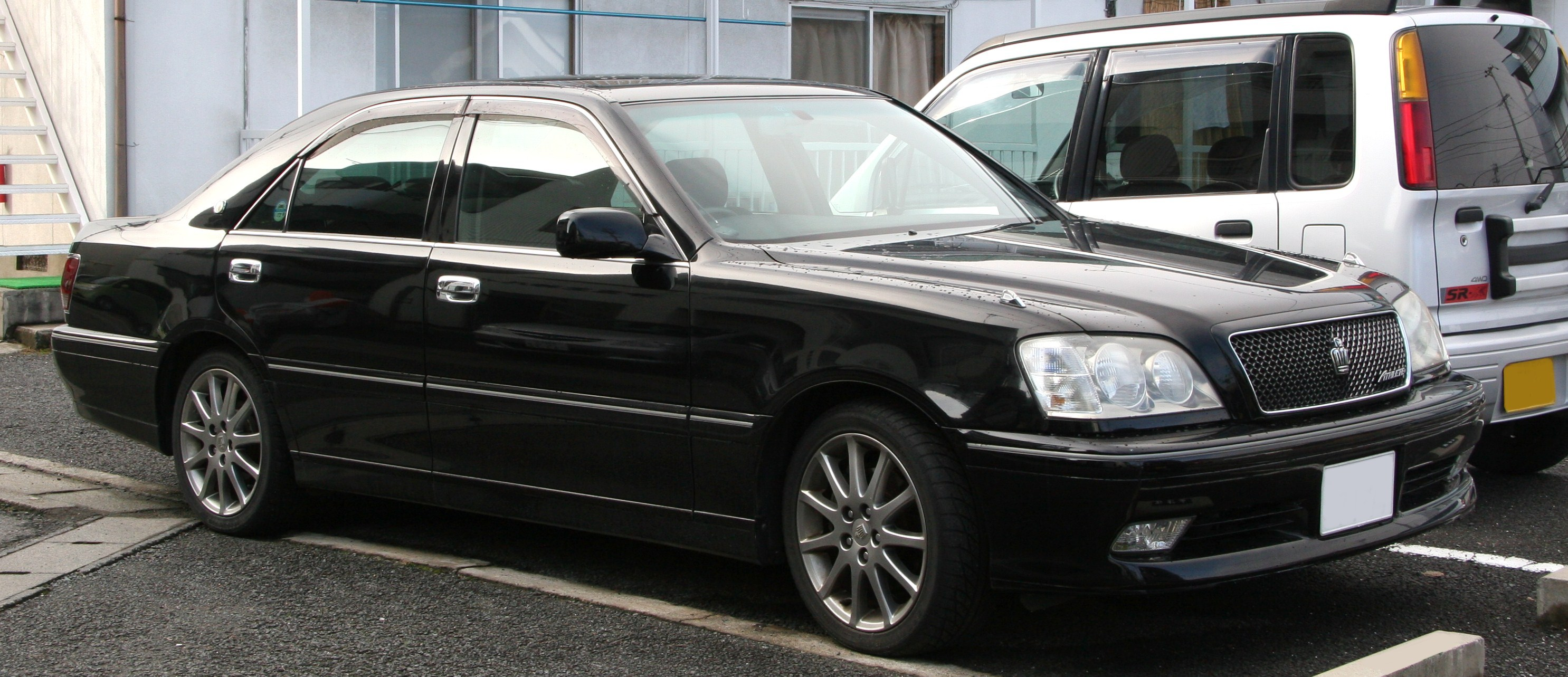 toyota crown athlete v 2003