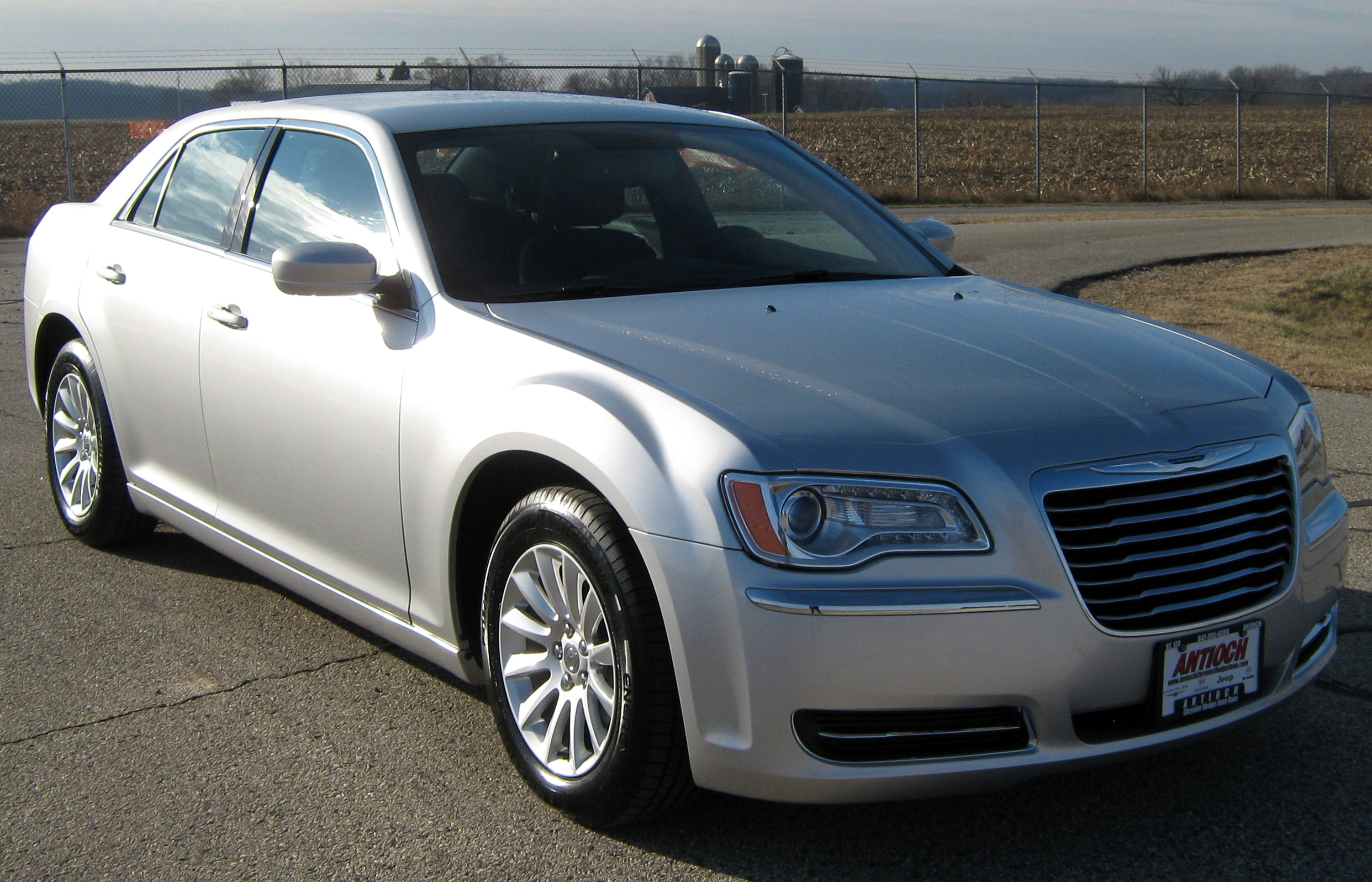 File 2012 Chrysler 300 Nhtsa Jpg Wikimedia Commons