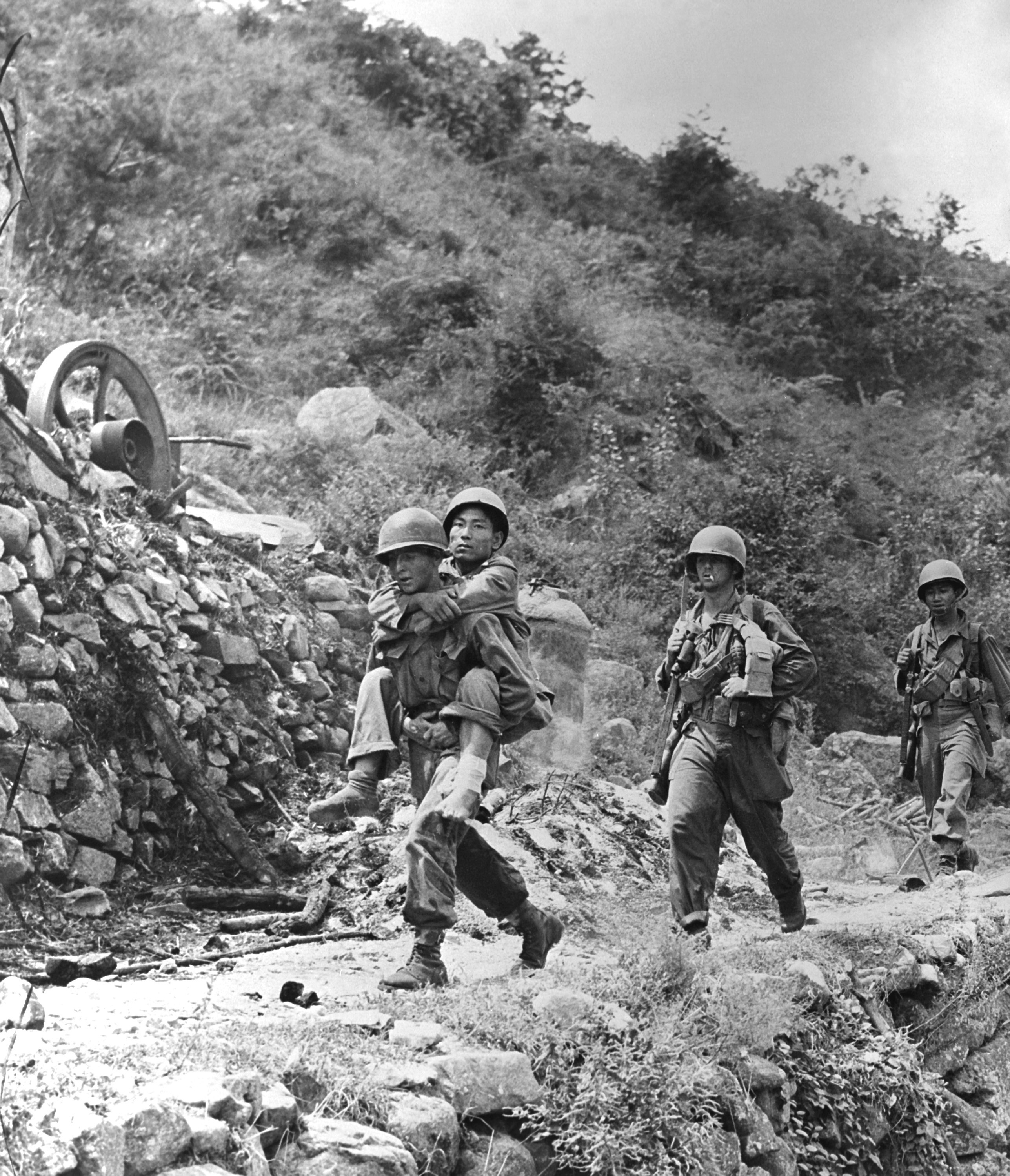 us economy flourished shortly after the korean war Many families of us soldiers who fought - and never returned - from the korean war are hoping their decades-long search for answers will soon be over thousands of american servicemen are still.