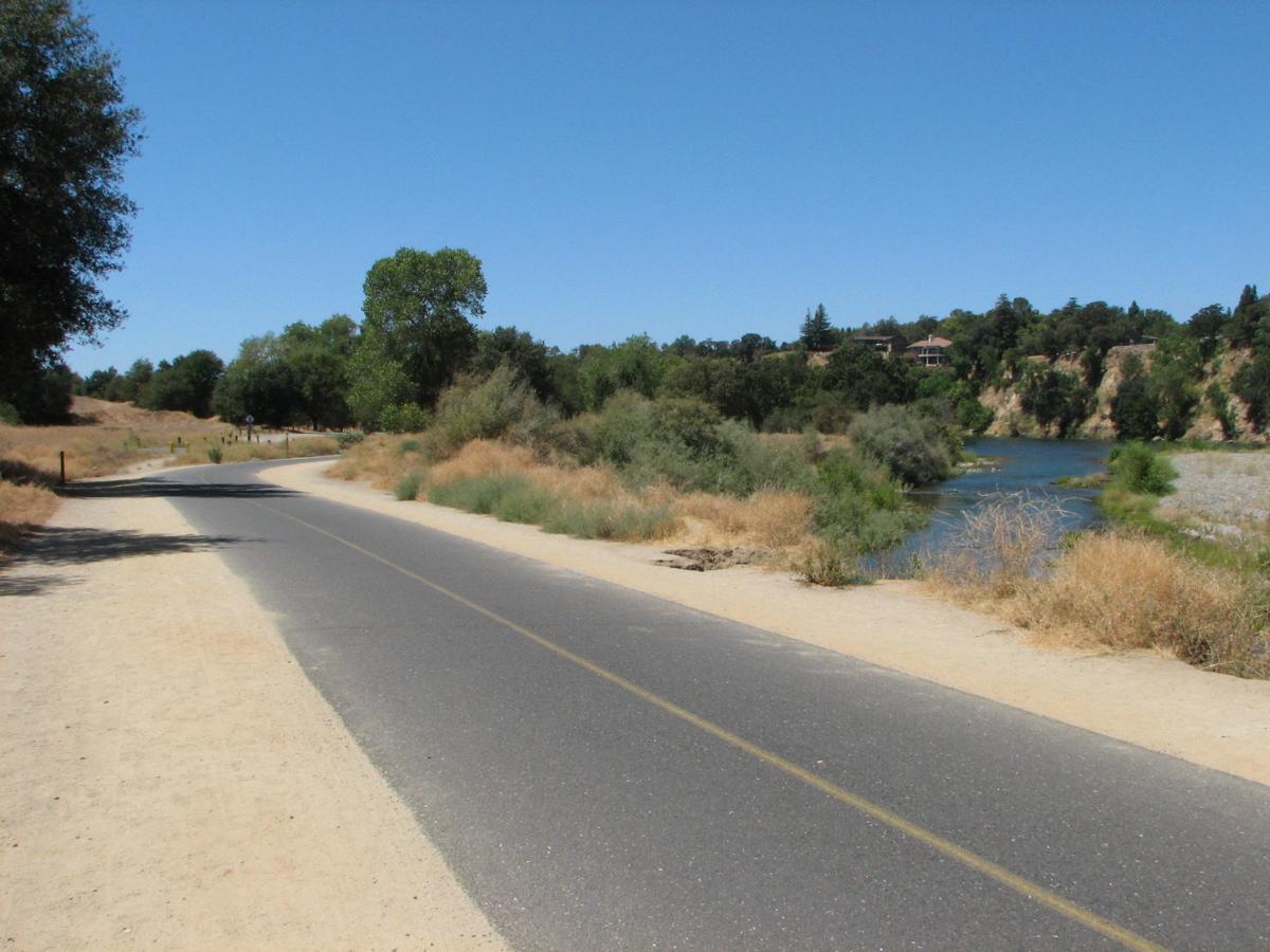 File American River Bike Trail At Fair Oaks Jpg Wikimedia Commons