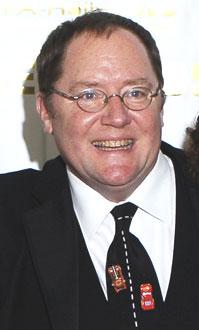 John Lasseter  ジョン・ラセター(第34回アニー賞にて)。『カーズ』のネクタイを着