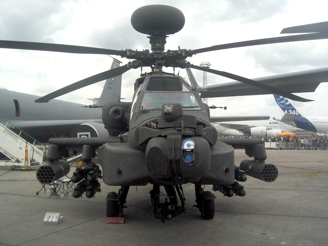 bell helicopter blueprint with File Apache Longbow Gesamtansicht on Oblivion Bubbleship additionally Bell ah 1w super cobra furthermore Imagenes Cutaway PARTE1 as well 4 together with Cutaway Ah 1z Viper Enters Production As Substantially New Aircraft.