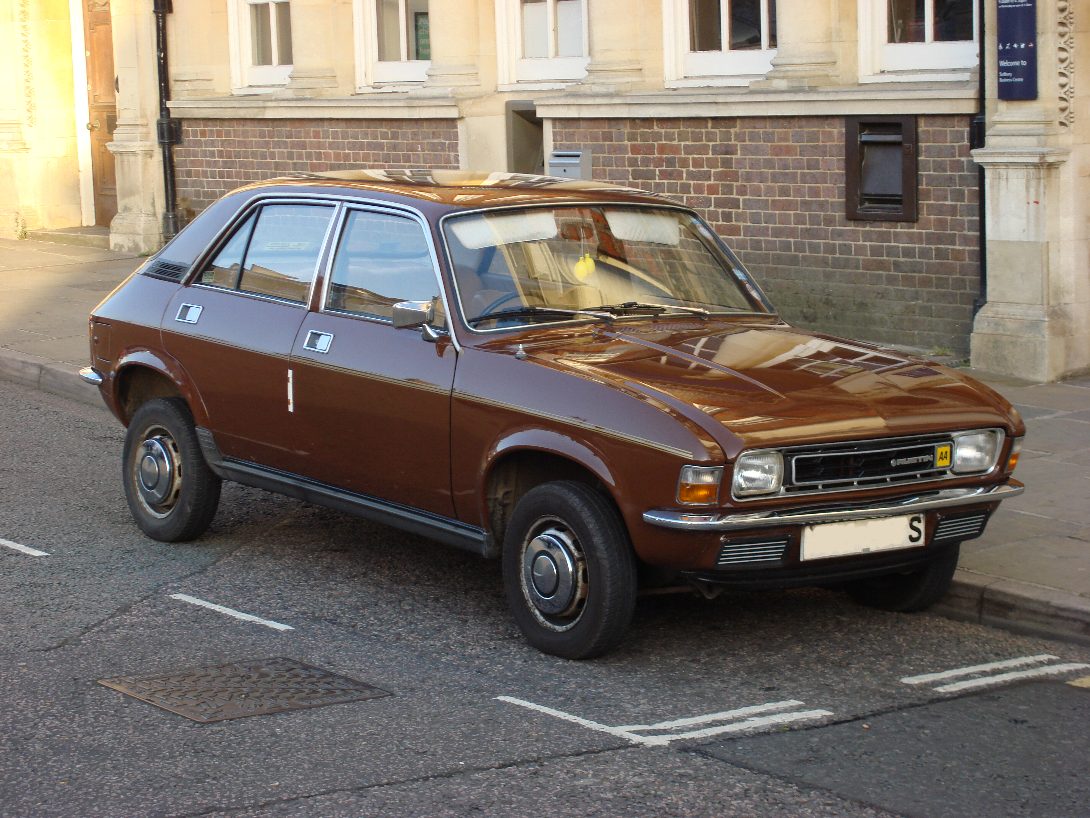 Color car with most accidents -  Shit Brown Austin Allegro