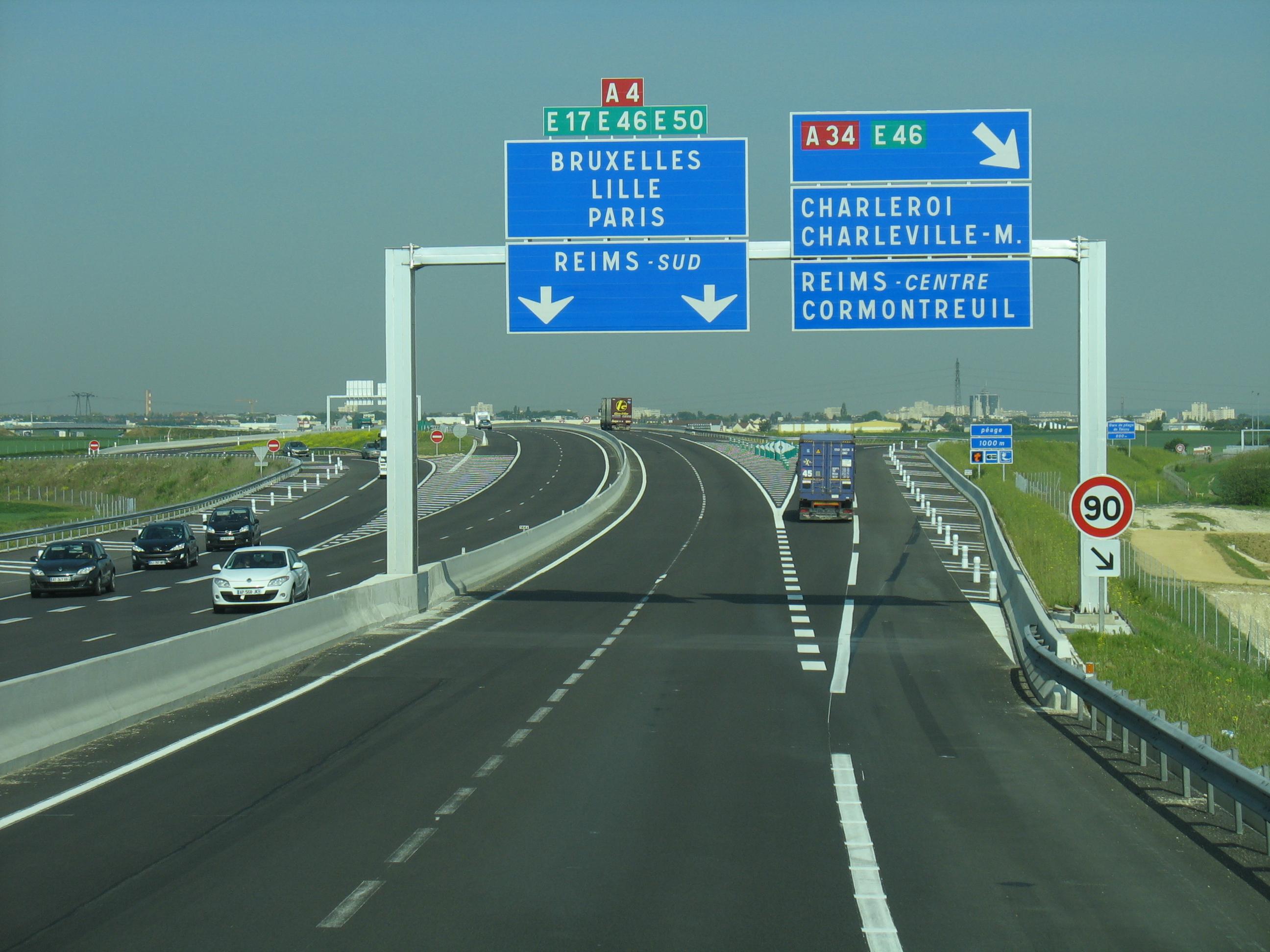 file autoroute a4 fran aise02 2011 05 wikimedia commons. Black Bedroom Furniture Sets. Home Design Ideas