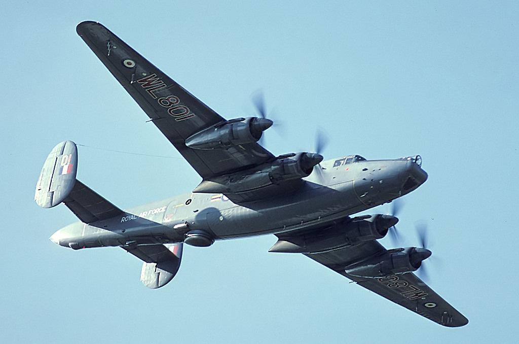 Avro_696_Shackleton_MR2C%2C_UK_-_Air_For