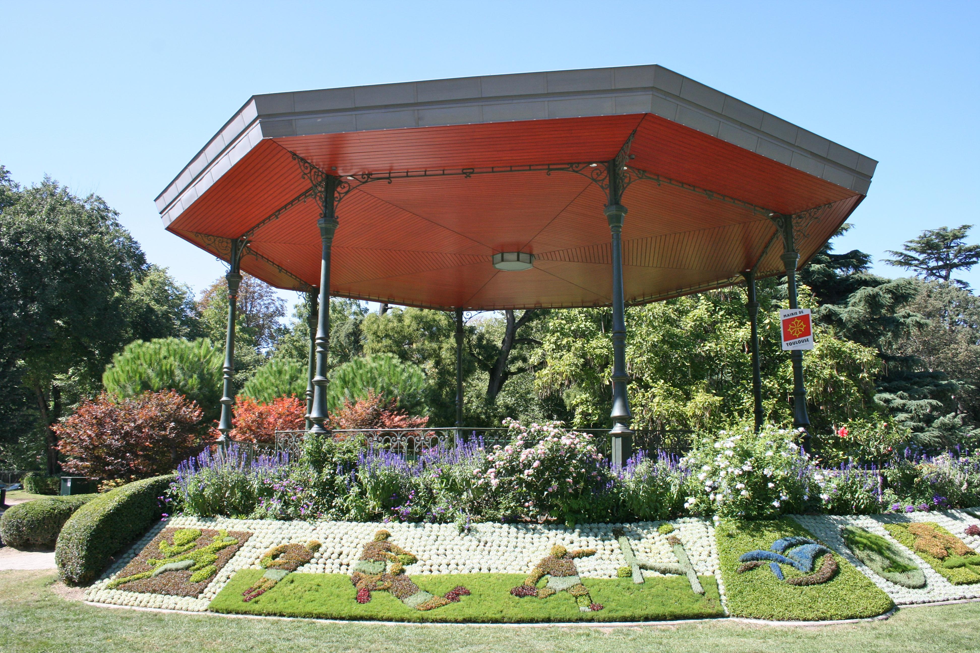 File:Bandstand in Jardin des Plantes, Toulouse.jpg ...