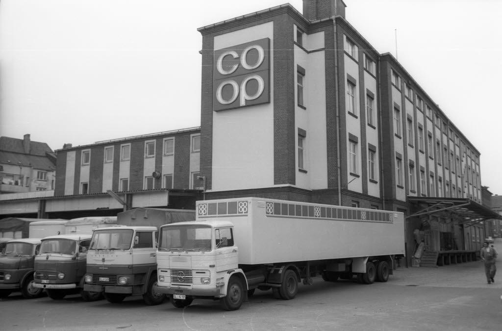 Betriebshof der coop in Gaarden (Kiel 45.188).jpg