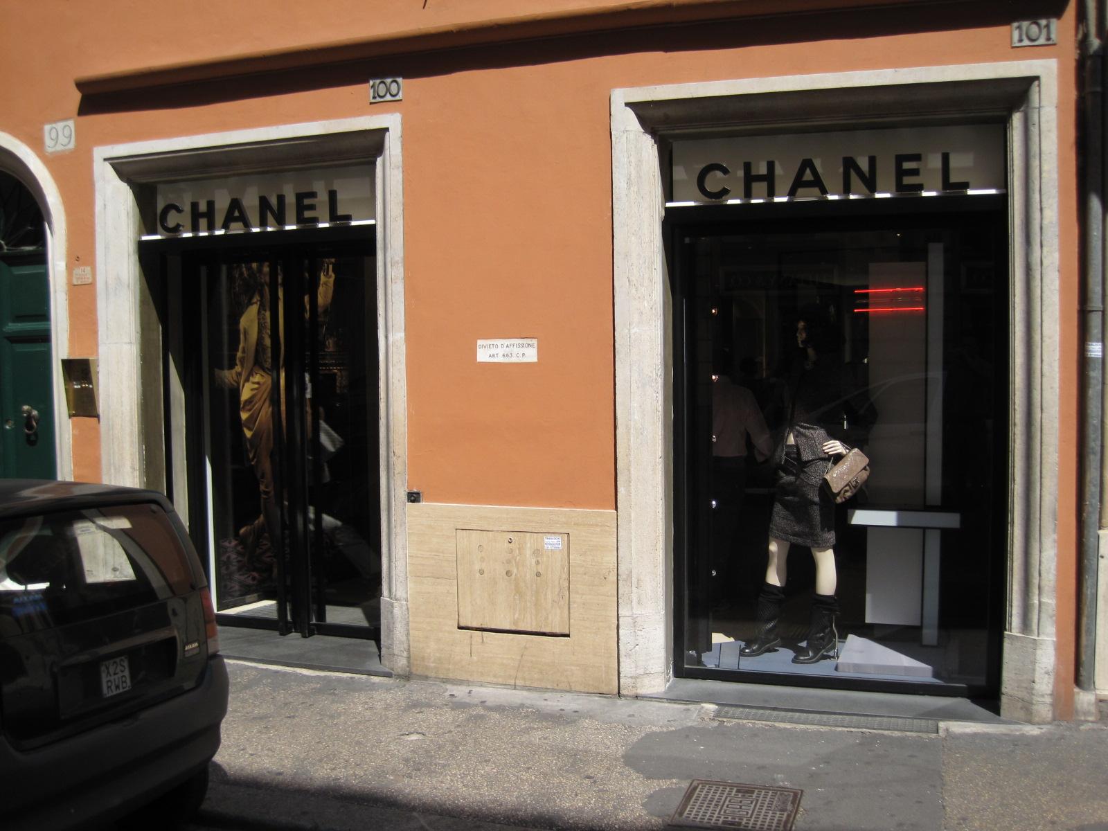 Quartier des boutiques de luxe de rome wikiwand for Boutique rome