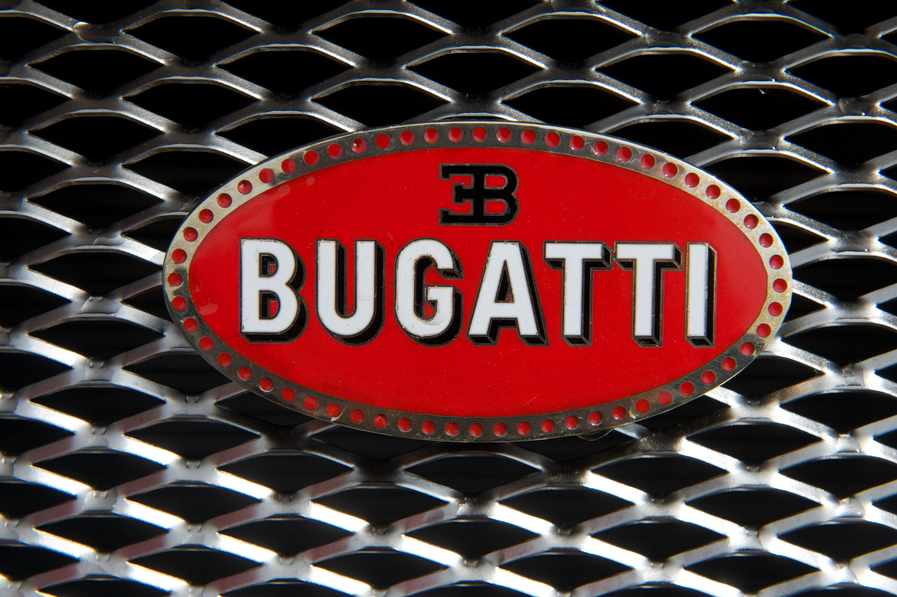 File:Bugatti Veyron (4664325064).jpg - Wikimedia Commons on