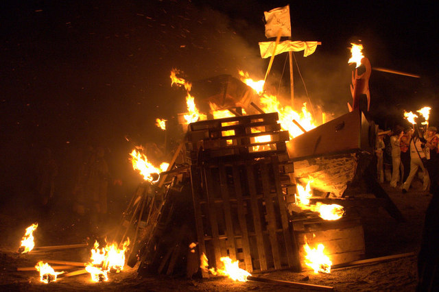 Burning the galley, Norik Up Helly Aa - geograph.org.uk - 1183225.jpg