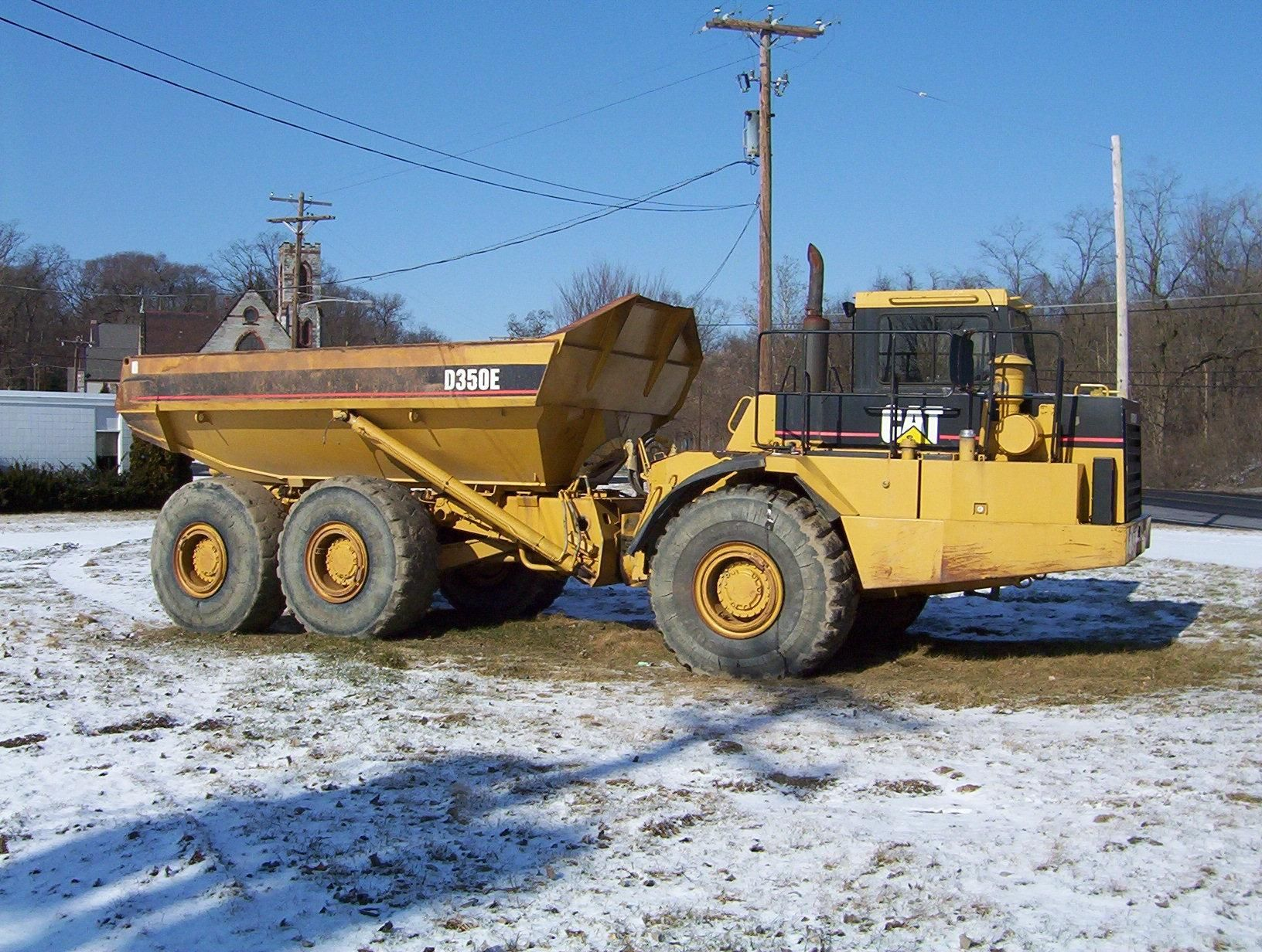 Filecaterpillar dump truck jpg