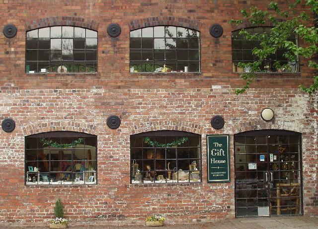 File:Coalport - geograph.org.uk - 41977.jpg