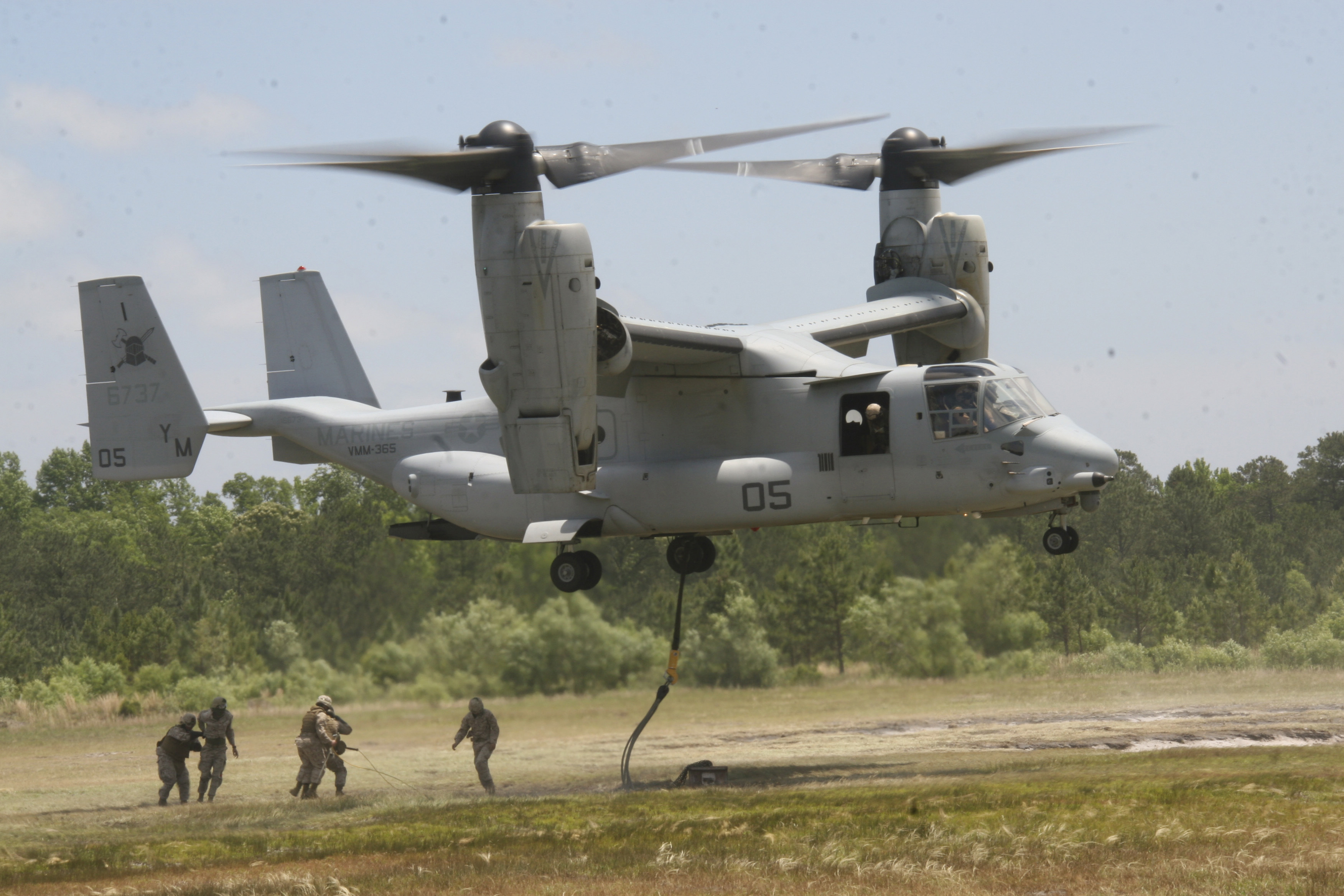 Elicottero Osprey : File defense news photo m h an mv b