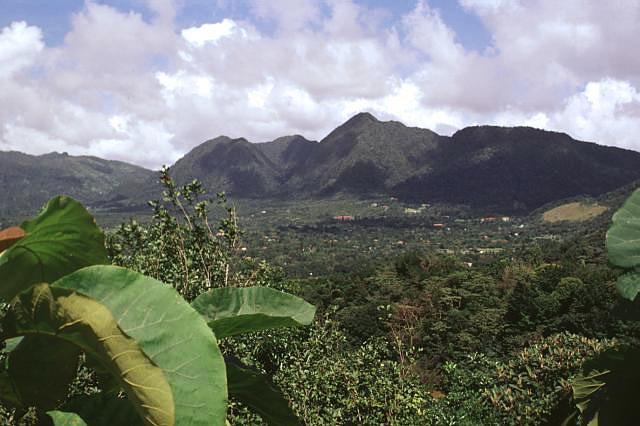 File:El valle.jpg