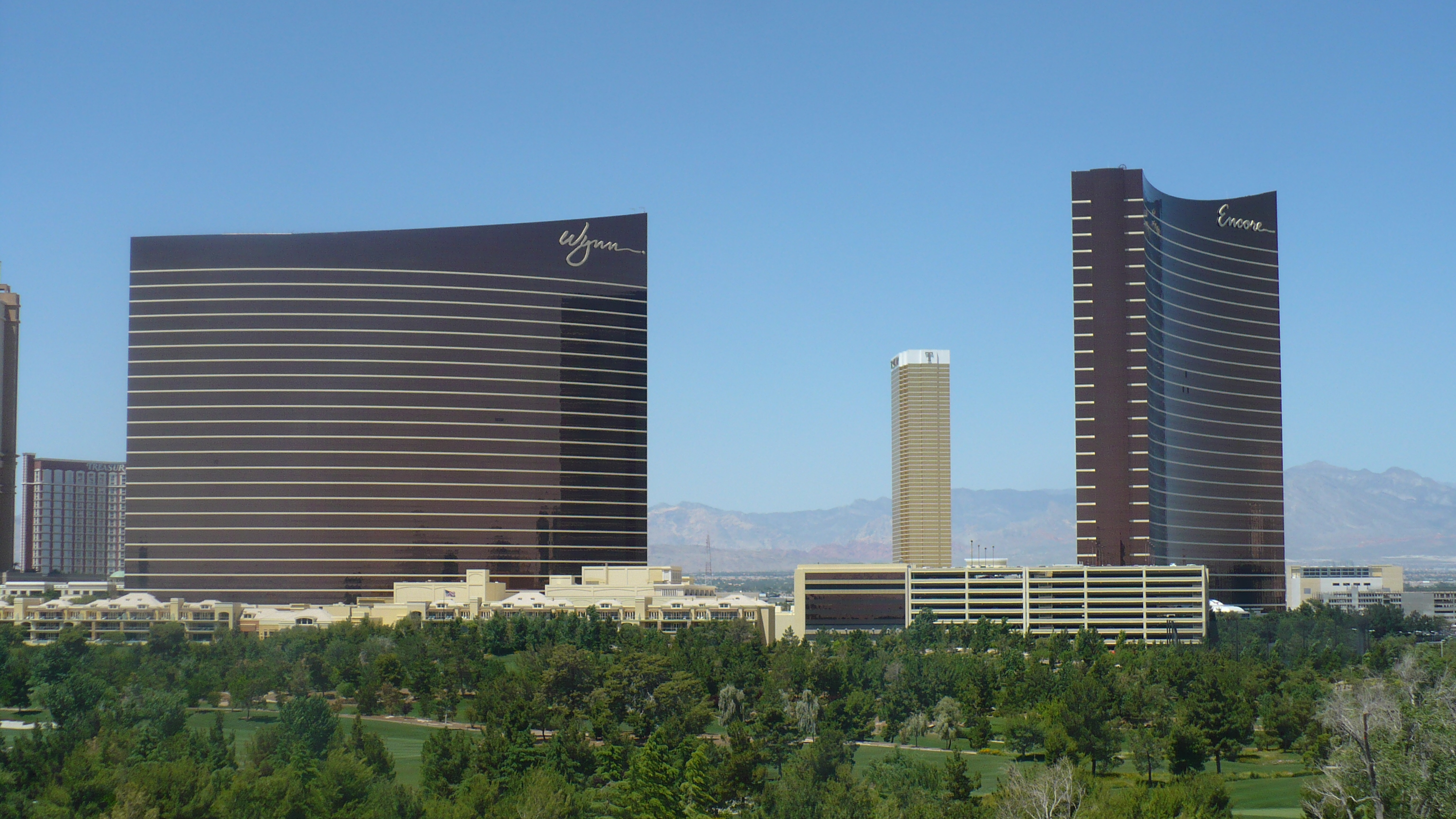 Aria resort and casino for Wynn design and development las vegas