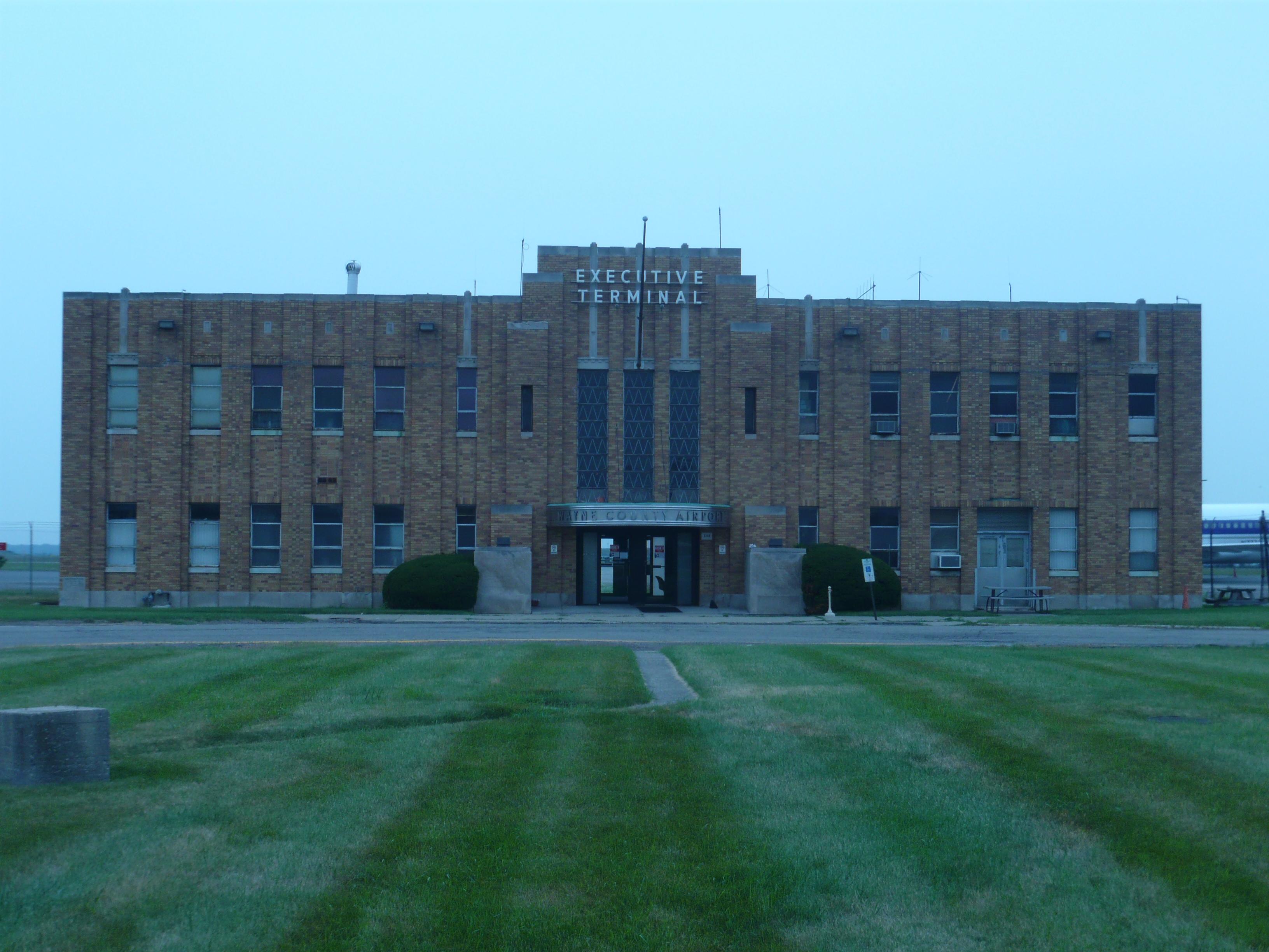 File Executive Terminal  Wayne County Airport Jpg
