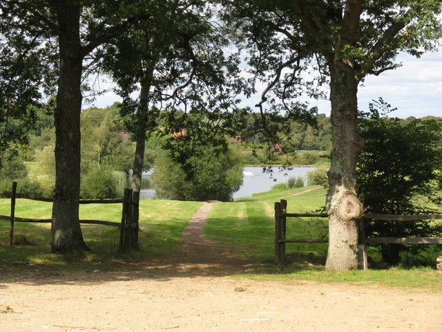 Fishing lake on Blackwool Farm - geograph.org.uk - 1479050