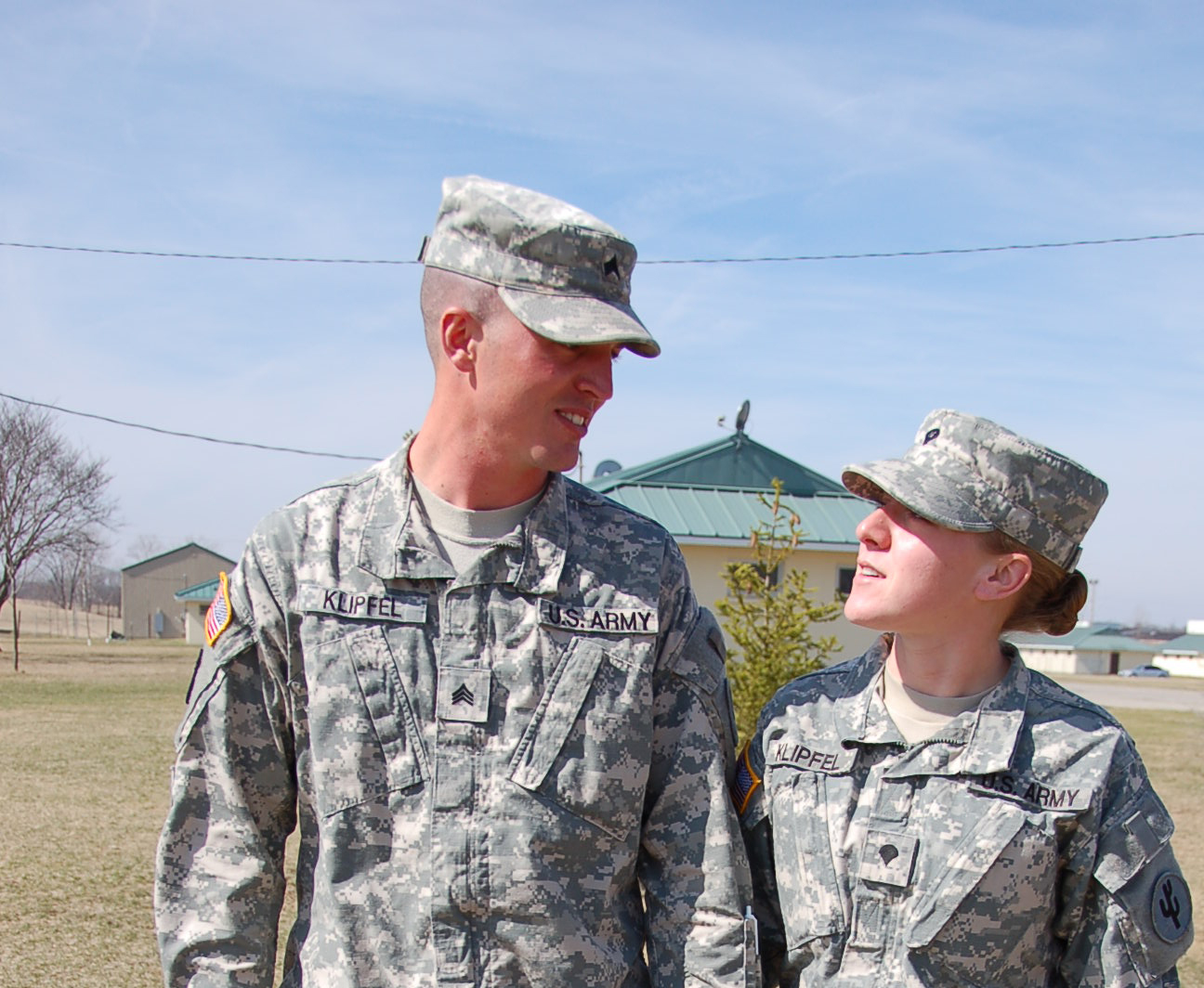 File Flickr The U S Army Love The One You Re With Jpg Wikimedia Commons