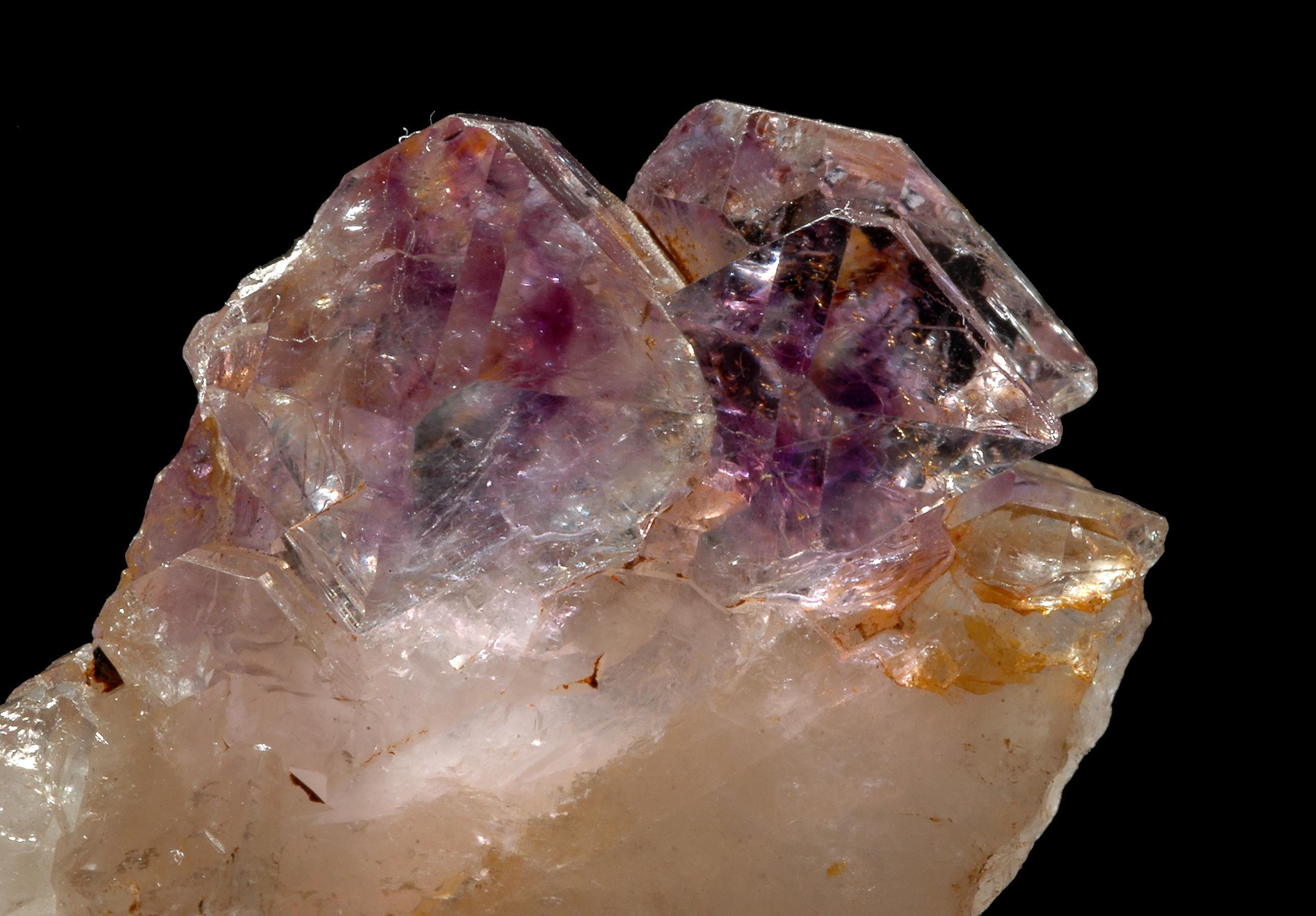 Fluorín uránu dusíka datovania