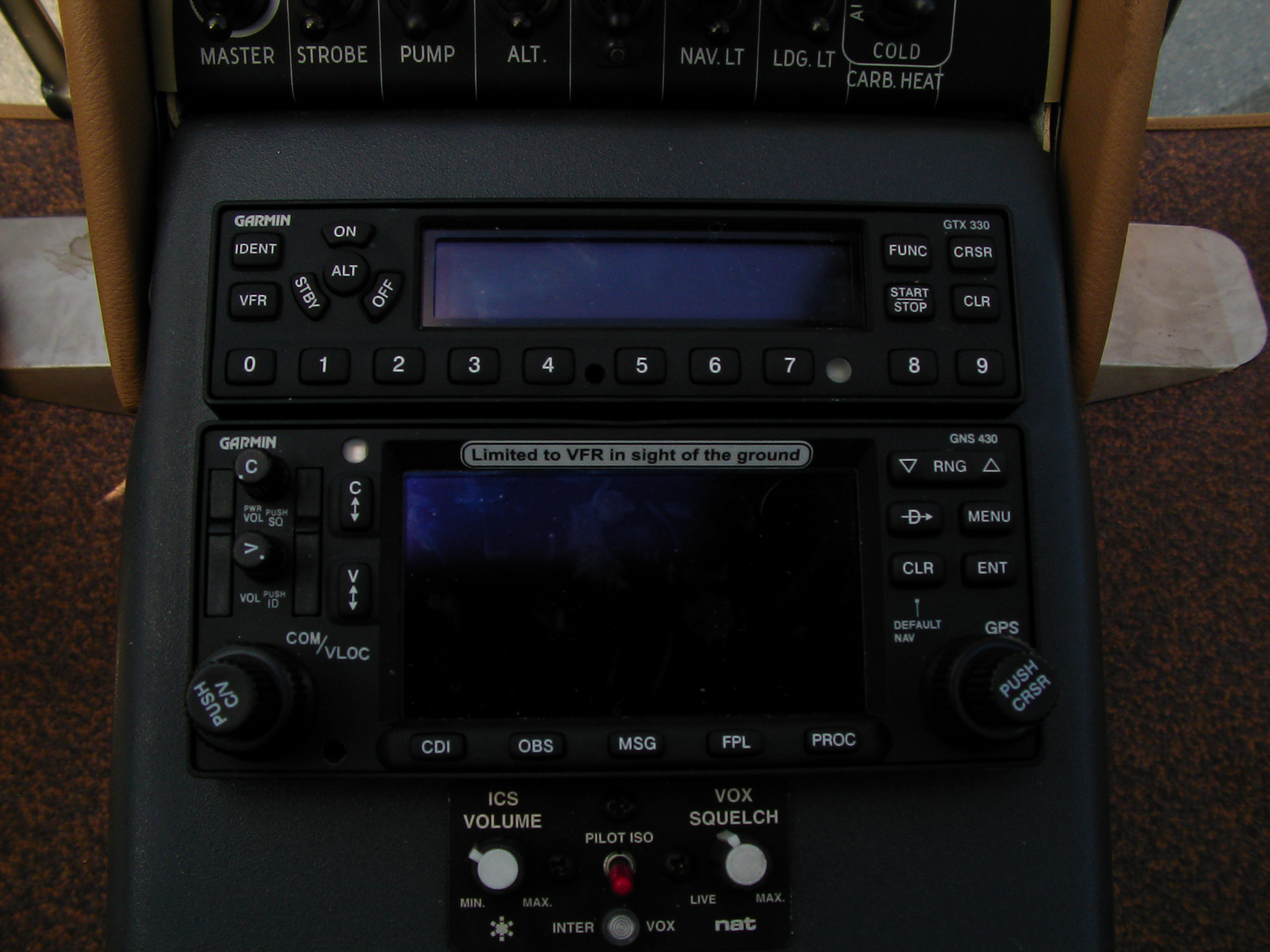 Guimbal_Cabri_G2_1003_cockpit_GPS.jpg