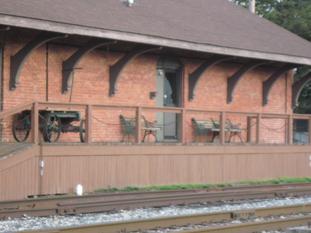 File:Horseheads Railway Museum, Porch.JPG