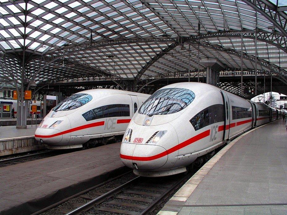 ICE3 im Kölner Hauptbahnhof