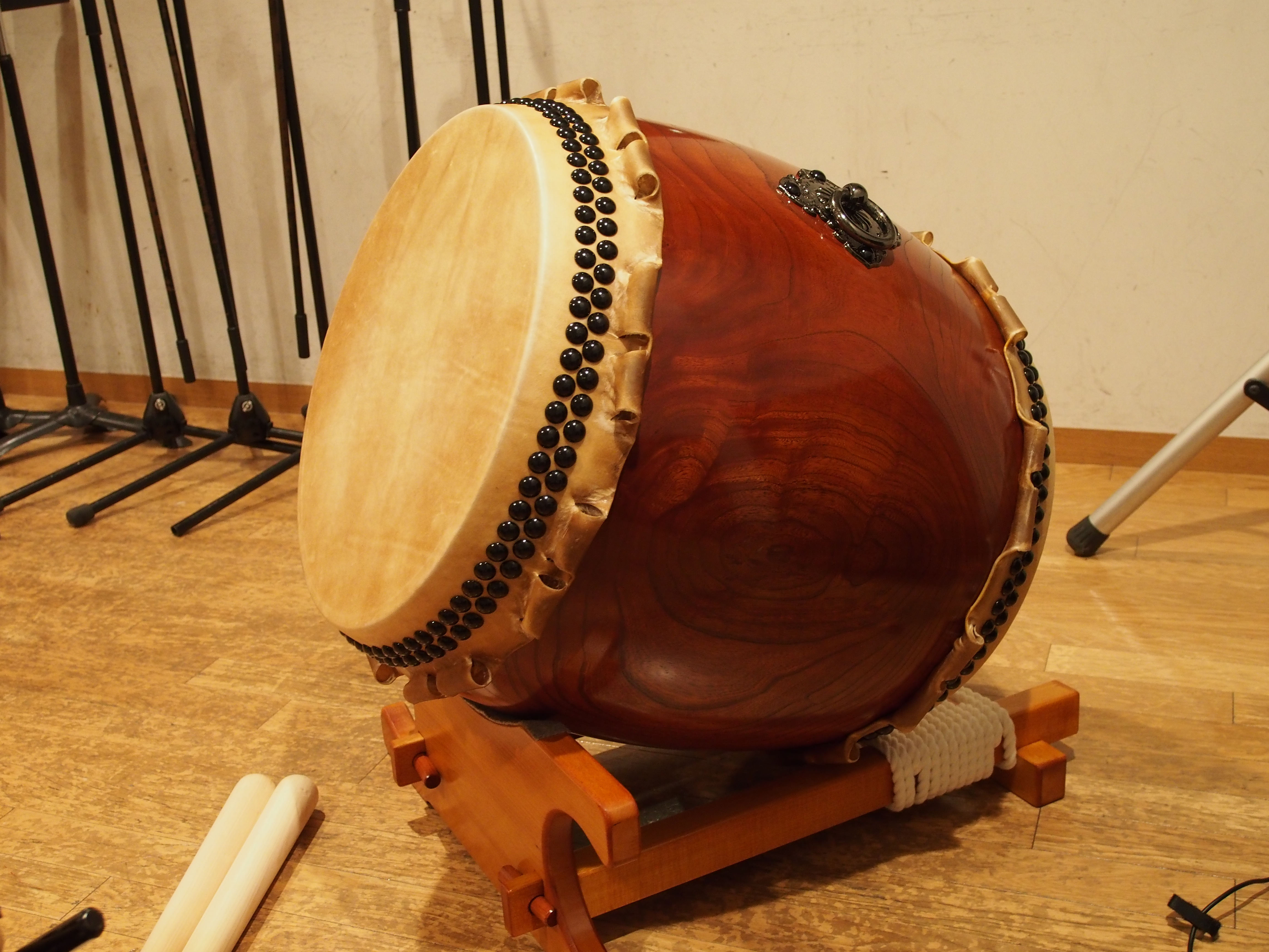 instrumental history of the drums Top 10 chinese musical instruments drums, and other pipa has a long history in china and is believed to have existed about two thousand years ago in china 9.