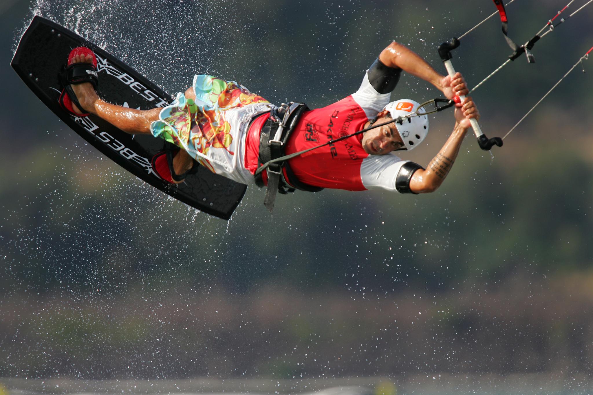 Ekstremni sportovi  Kitesurfing_ColumbiaRiver