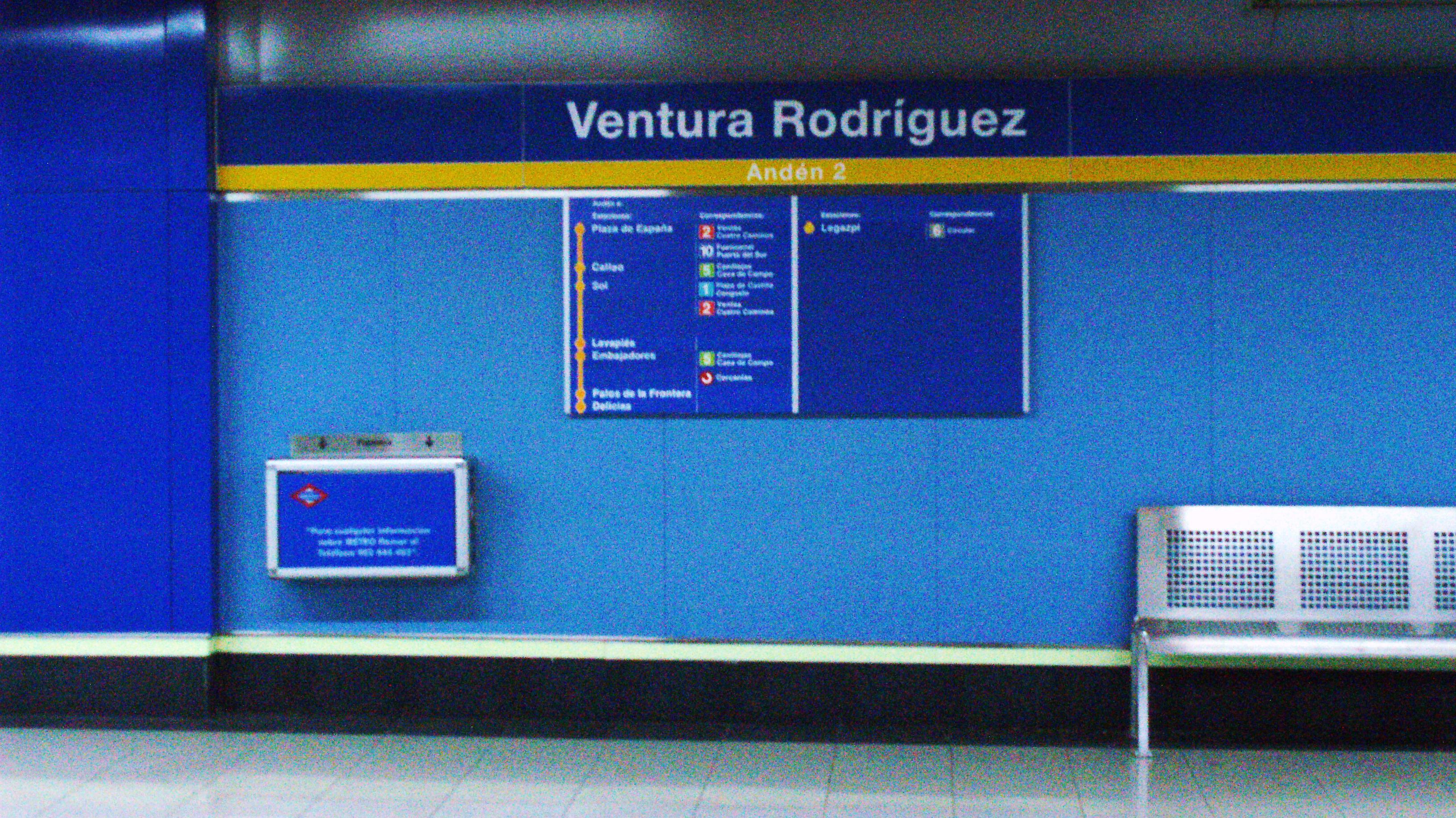 File Linea 3 Metro Madrid 10 Jpg Wikimedia Commons