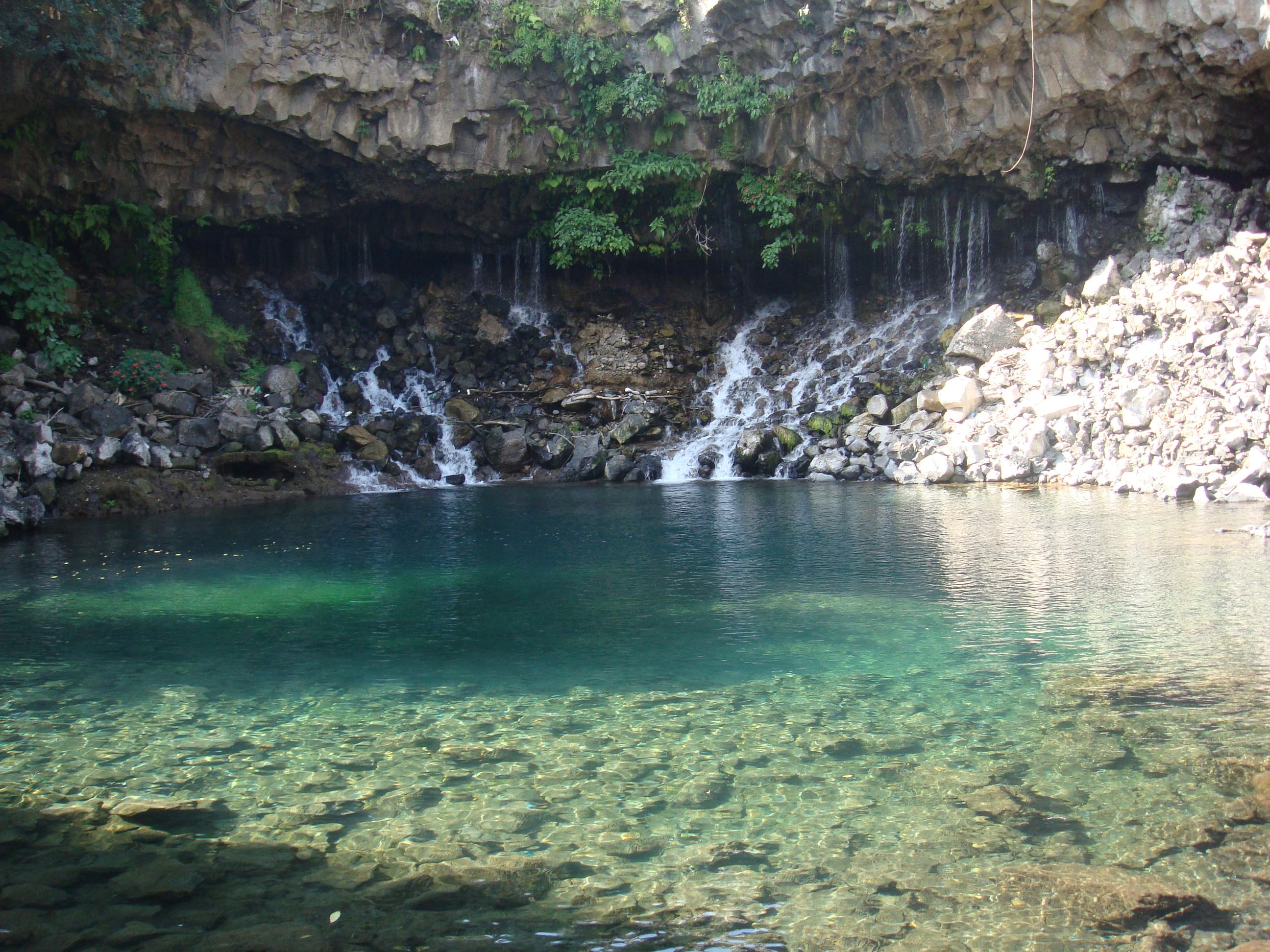 Pancho Poza | Esta caida es uno de los afluentes que
